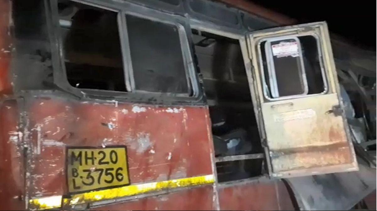 13 passengers killed in massive road accident in Mumbai