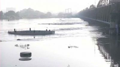 Yamuna wreaks havoc in Delhi, 10,000 people evacuated to safer places