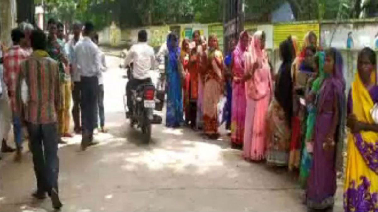 Jharkhand: People have not received rations for several months