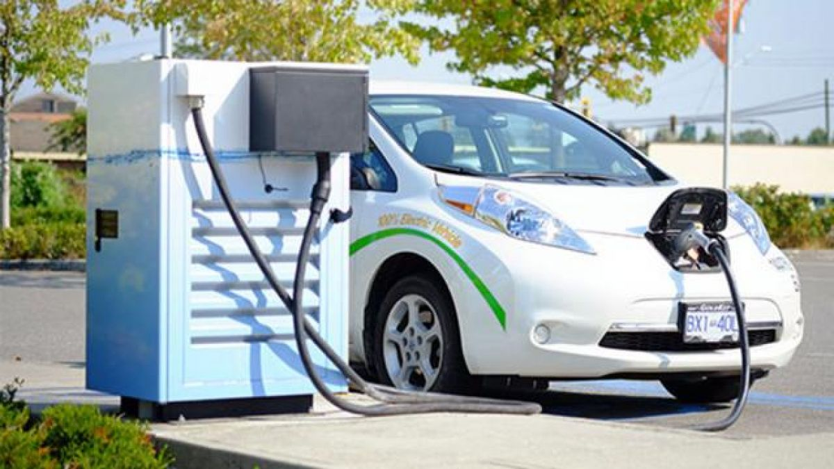 UP Govt To Build Noida Electric Vehicle City