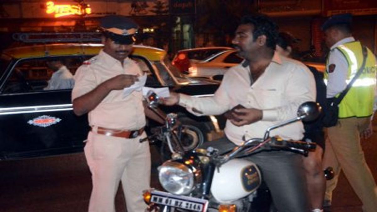 Mumbai Police crackdown on traffic rule breakers earns this