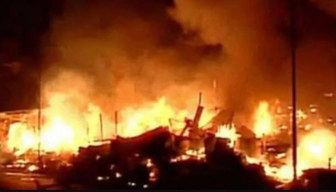 Fire breaks out at timber yard in Mumbais Byculla, no