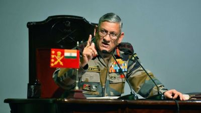 सेना प्रमुख जनरल रावत आज कश्मीर दौरे पर, धारा 370 हटने के बाद पहला दौरा
