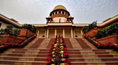 94-year-old woman reaches Supreme court, demands 'emergency' to be declared unconstitutional
