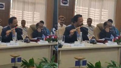 When ISRO scientist played flute, people were mesmerized, watch video