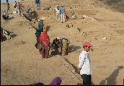 Soon the historic city of Rakhigarhi will be identified, a museum can be built