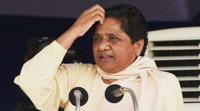 Uttar Pradesh electricity department cut connection of Mayawati's house for not paying the bill of 67 thousand