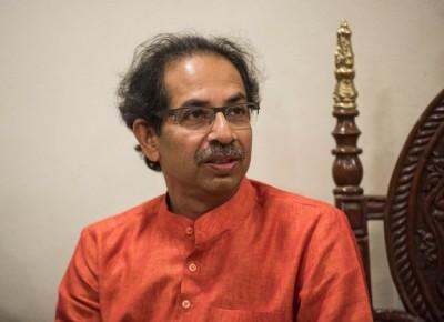 Rift in Thackeray-Deshmukh on this matter