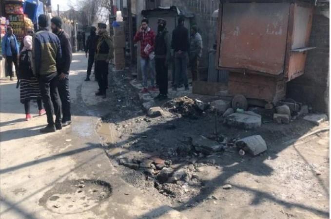 72 घंटों में श्रीनगर में दूसरा आतंकी हमला, दो पुलिसकर्मी शहीद