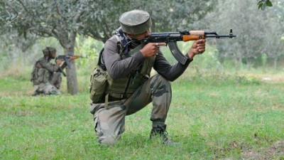 India gives a befitting reply to Pakistan's ceasefire violation, one Pak soldier killed