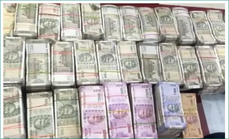 आयकर विभाग को मिली MP के कांग्रेस विधायक की 450 करोड़ की अघोषित कमाई