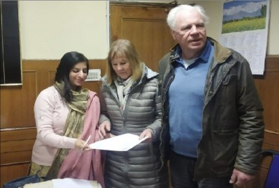 British woman gets this unique gift who came to visit Shimla