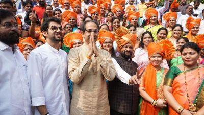 Opposition targets CM Uddhav Thackeray, Fadnavis lashes out over Kashmir free poster