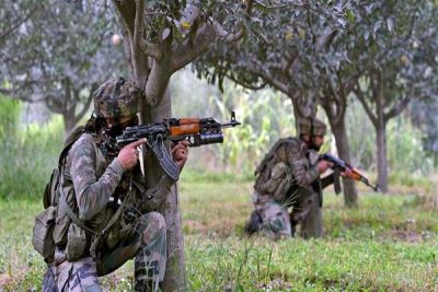 Jammu and Kashmir: Pakistan breaks ceasefire again, two Indian soldiers martyred
