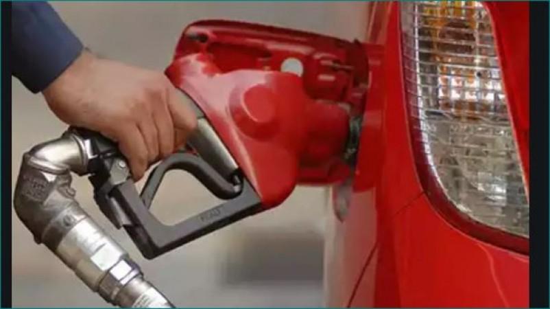 महाराष्ट्र में आसमान छू रहे हैं पेट्रोल के दाम