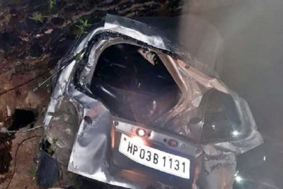 Tragic accident in Shimla, unruly car plunged into ditch killing two youths