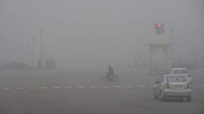 The outbreak of cold in Delhi-NCR, the temperature falls to 6.8 degree