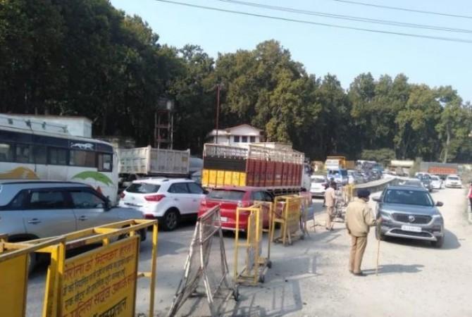 दिल्ली में ट्रैक्टर रैली के दौरान हुए हंगामे के बाद बोले उत्तराखंड के सीएम- ये किसान नहीं हो सकते