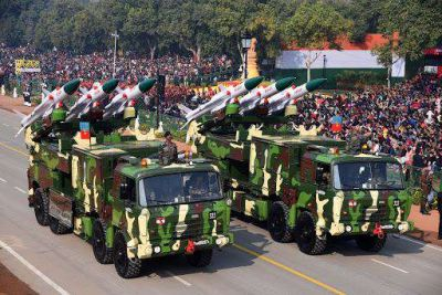 India is moving towards fierce battle, Army collecting weapons for 40 days war