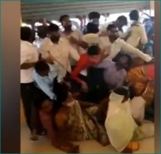 MP: Over 1,000 people rushed for 250 doses, video of stampede goes viral