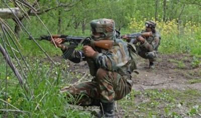 Major attack of terrorists on CRPF convoy, indiscriminate firing after blasting IED