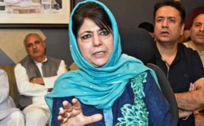 J&K: Mehbooba Mufti to brief today on decisions taken in Gupkar meeting