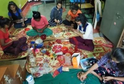 Children will sent Aipan design Rakhi to soldiers