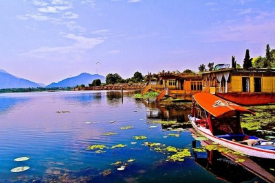 Kashmir's courts will open for tourists soon after lockdown