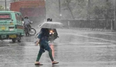 Monsoon hits Punjab and Rajasthan, Delhi also witnessing early drizzle