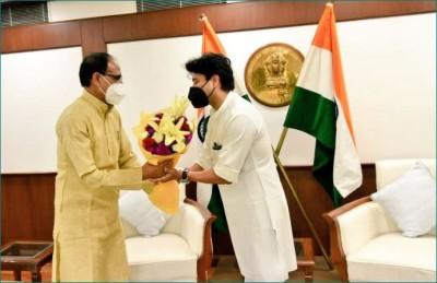 CM Shivraj meets Union Minister Jyotiraditya Scindia