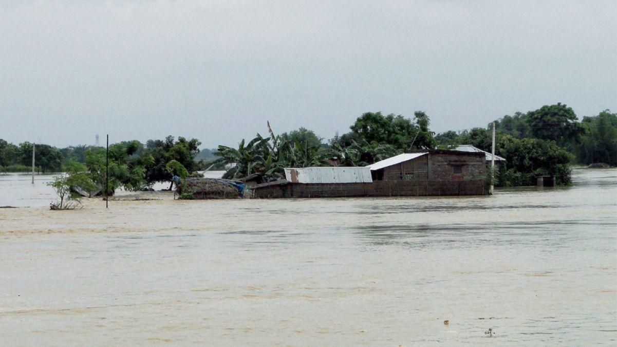 Floods wreak havoc in Bihar, 13 killed so
