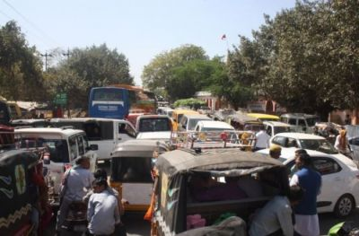 On The Guru Purnima, Want to go Mathura-Vrindavan, then have look on traffic.