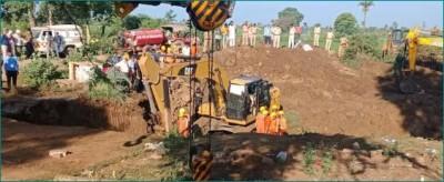 Shivraj govt to grant Rs 5 lakh to family of deceased in Vidisha tragedy