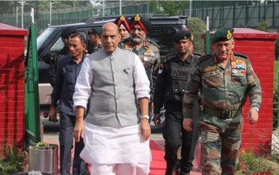 Defense Minister Rajnath Singh reaches Ladakh to take stock of security situation at LAC
