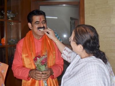 Rakshabandhan 2020: Indore to make one lakh indigenous Rakhis to avoid Chinese good
