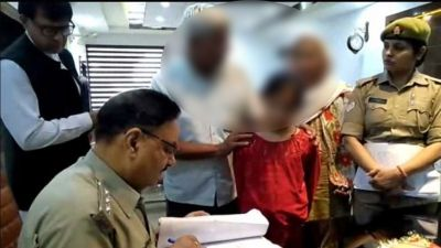 An 11-year-old innocent reached SSP office, said: Uncle Save Me, mom-dad will kill