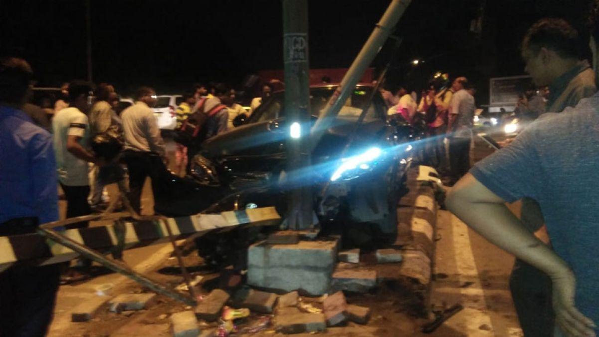 दिल्ली में फिर बरपा रफ़्तार का कहर, दो कारों में जबरदस्त भिड़ंत, तीन घायल