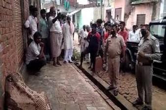Thrown woman in Gangahar after gang rape in Meerut, Uttar Pradesh