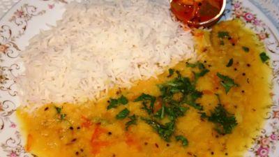 जहरीला दाल चावल खाने से बीमार पड़े एक ही परिवार के 8 लोग, एक मासूम की मौत