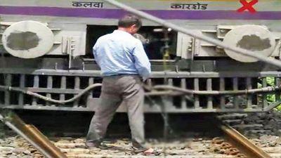 Mumbai: Motorman stops the train to urinate on tracks, video goes viral