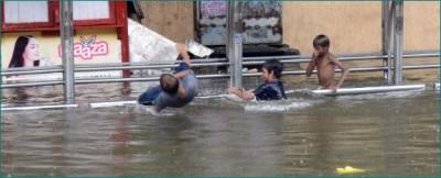 Mumbai rains havoc, two innocents swept away in an open gutter