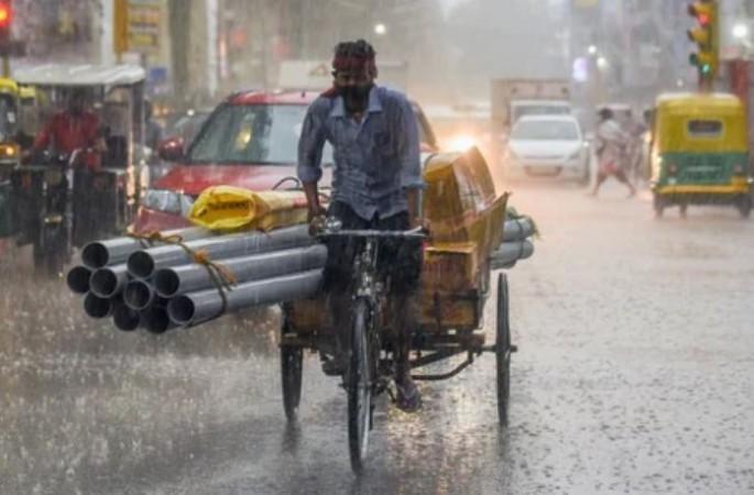 Weather Updates: बिहार में बिजली गिरने से 8 की मौत, अगले 24 घंटे इन राज्यों के लिए होंगे भारी