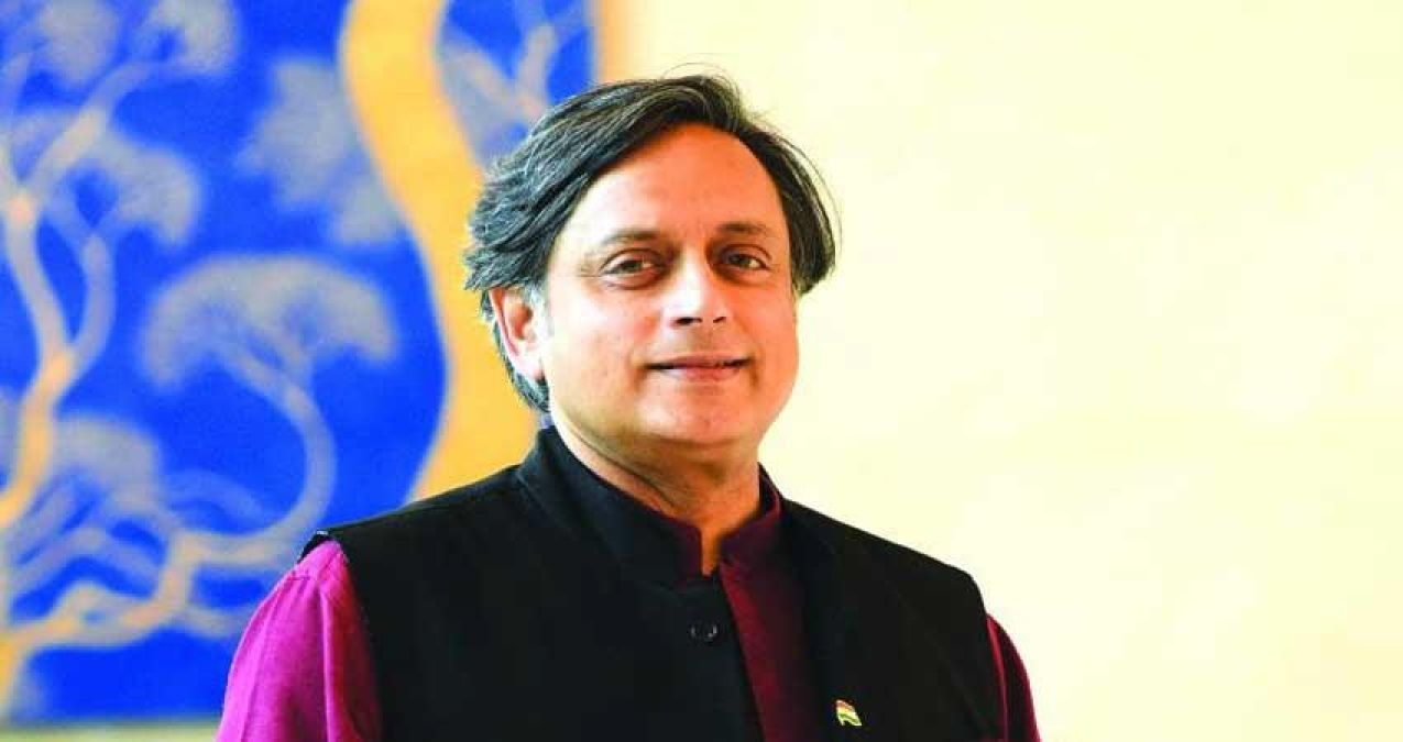 Shashi Tharoor land in trouble over a tweet about Ghalib