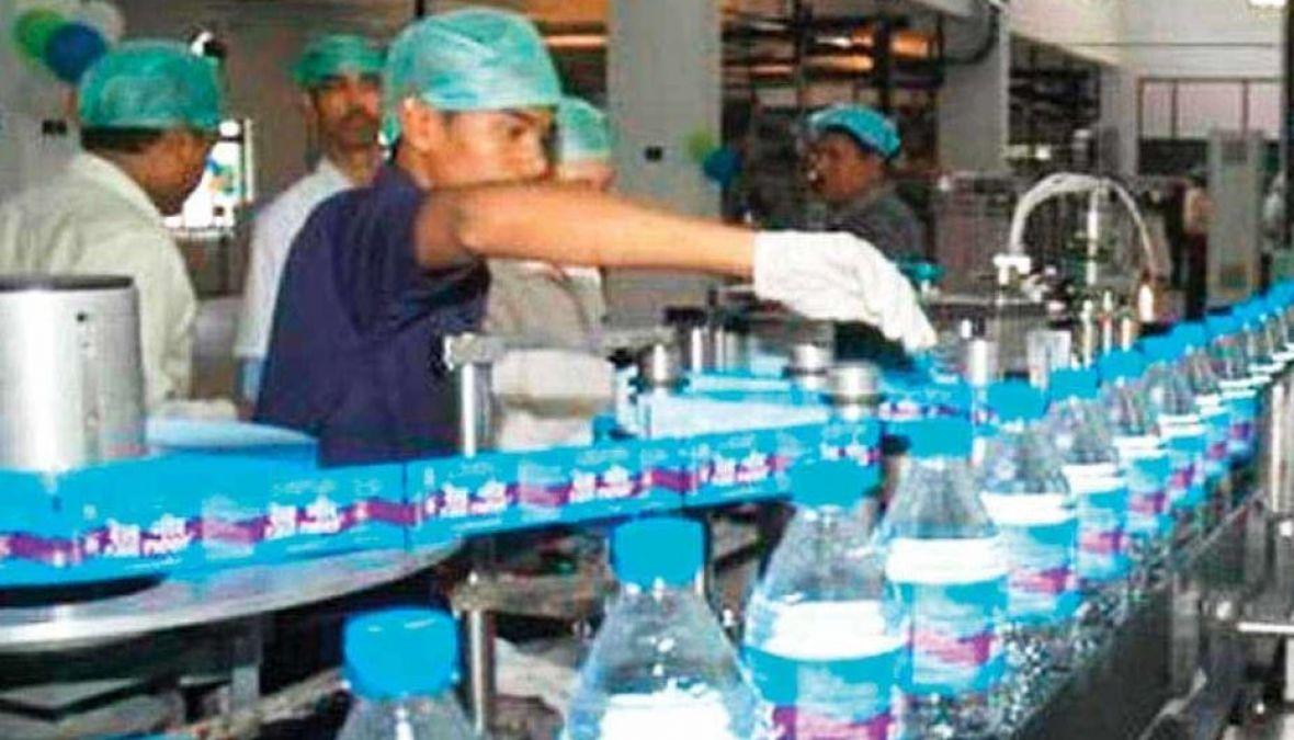 रेलवे करने जा रहा बड़ा कारनामा, अब खाली बोतल से पैसा कमा सकते हैं आप
