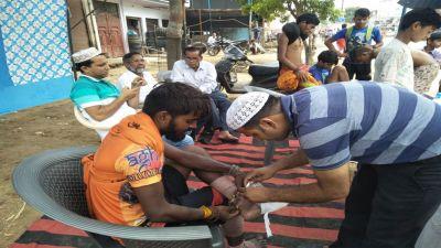 Muzaffarnagar: Muslim install camps to to serve the Kanwaris