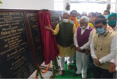 Uttarakhand: CM inaugurates 300-bed covid Hospital in Medical College