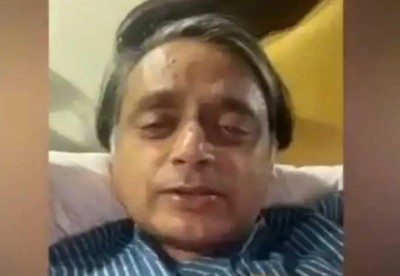 Shashi Tharoor is battling Corona, posted video from the hospital demanding free vaccination