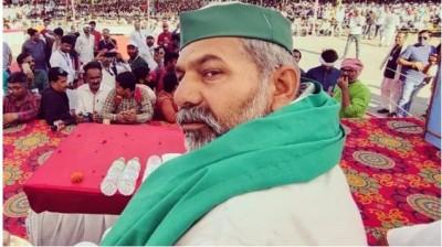 'Land mafia Rakesh Tikait took possession of our land', woman pleaded to CM Yogi for justice