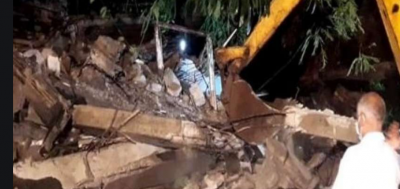 Mumbai: One killed & 5 injured as part of a building collapses in Bandra area