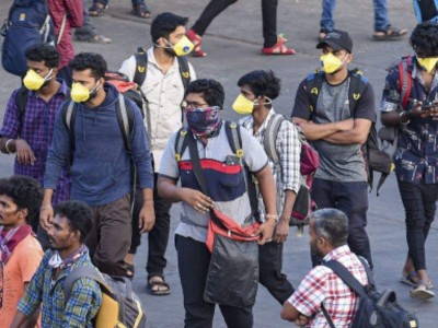 Ayodhya: People seen violating corona norms in Gorakhpur